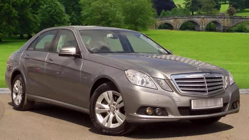 Mercedes-Benz E220 CDI - grey
