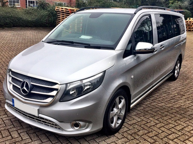 Silver Mercedes 8 Seater V Class Wedding Car Hire