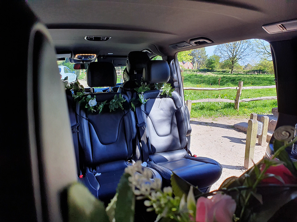 Mercedes V Class 7 Seater Wedding Car Hire
